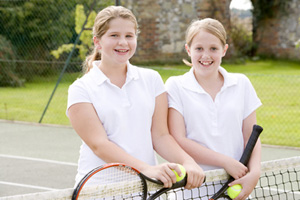 Totnes-Tennis-Club-girls